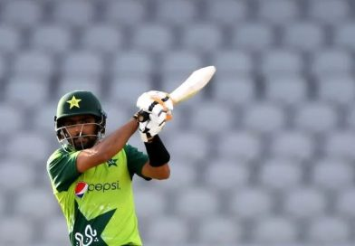 Babar's record-breaking 122, Pakistan outclass Proteas in 3rd T20I